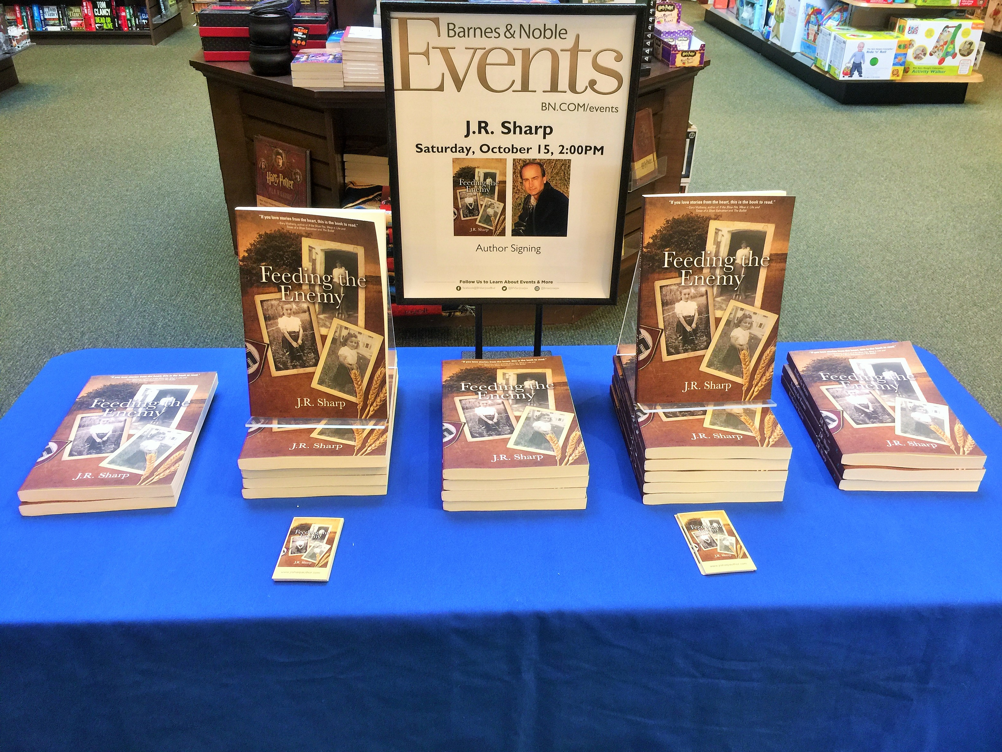 barnes-and-noble-display